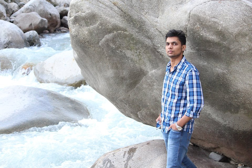 Mohit Agarwal travel blogger